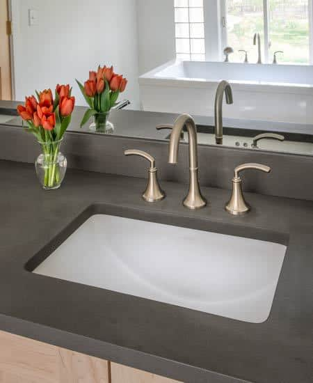 modern basin with big mirror