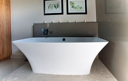 extravagant bathtub