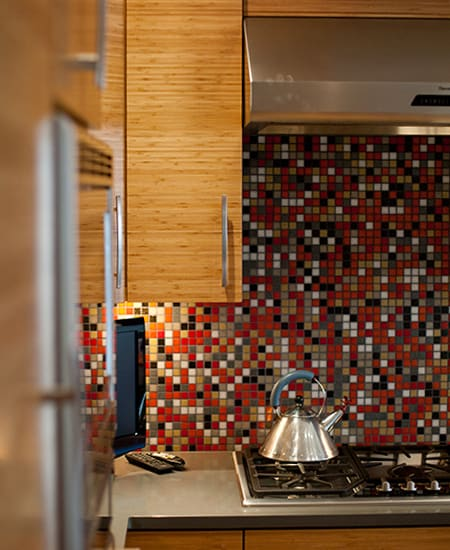 kitchenette with mosaic