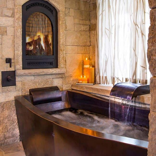 Home Renovation Trend: Soaking Tubs