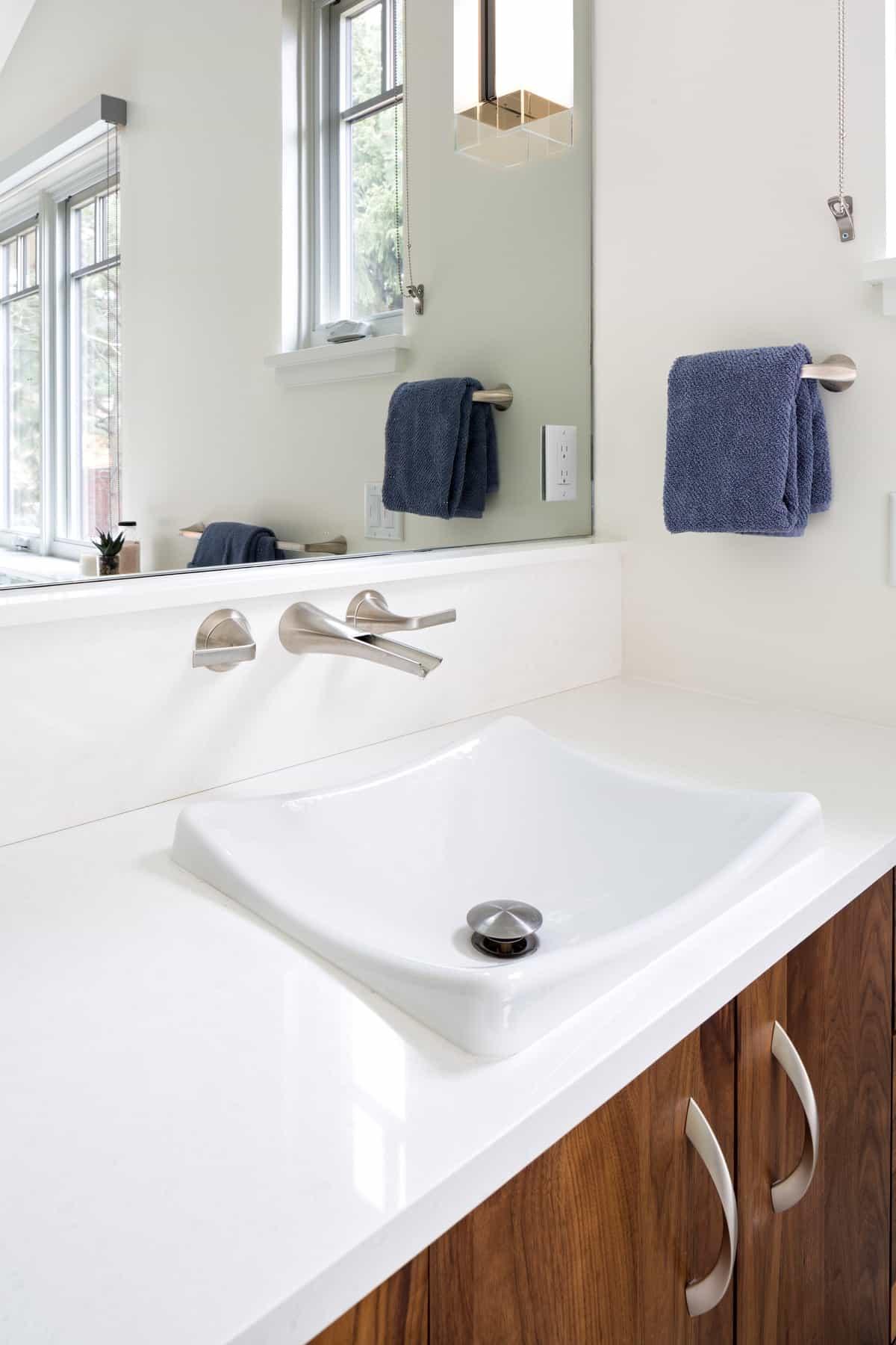 Devil's Thumb Boulder Remodel - Master Bath Sink Detail